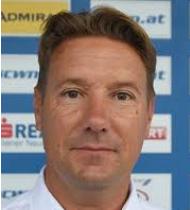 Stefan Valenka